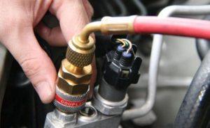 Неисправности автокондиционеров: быстрый уход фреона, поломки компрессора и других элементов