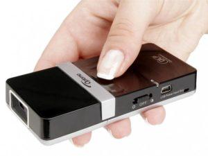 Муки выбора— проектор для мобильных презентаций