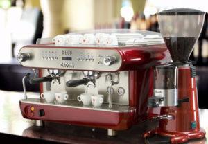 Как выбрать кофемашину для кафе, кофейни, ресторана. Выбор профессиональной кофемашины