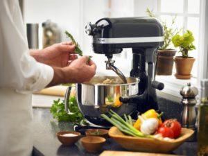 Как выбирать измельчитель — первый помощник хозяйки на кухне