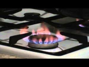 Почему коптит газовая плита – причины и методы устранения неисправности