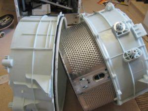 В каких стиральных машинах разборный бак?