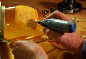 Как сделать лазерный и электрический гравер мини-дрель своими руками в домашних условиях