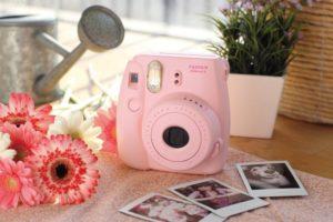 Фотоаппарат с мгновенной печатью: Fujifilm Instax mini 8,