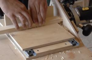 Приспособления для фрезера своими руками: стол шипорезка копировальная втулка направляющие
