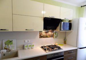 Куда поставить микроволновку на кухне: 4 варианта расположения и фото