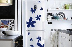 Холодильник в центре внимания: простые способы преобразить интерьер своими руками