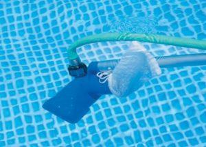Водный пылесос для чистки бассейна: как выбрать модели описание