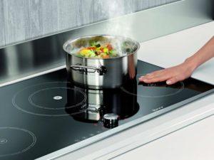 Индукционная плита – принцип работы, преимущества и недостатки, выбор посуды