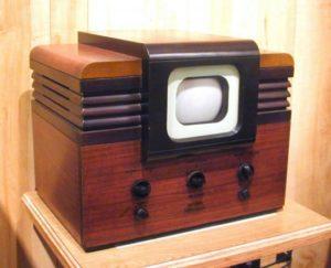 Где и когда выпустили первый телевизор