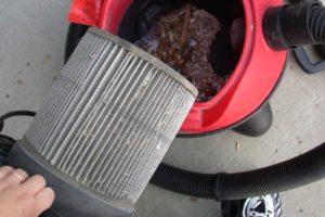 Как правильно чистить пылесос после использования