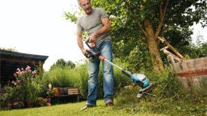 Триммер или газонокосилка: чем лучше косить газон что выбрать для неровного участка